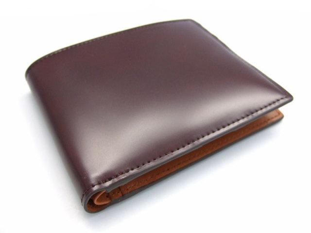 コードバン 二つ折り財布(小銭入れなし) 「プレリー1957」 NP07316 チョコ 正面