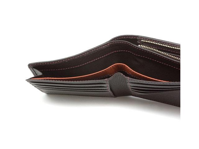 ItalianDeerskin (イタリアンディア) 二つ折り財布(F小銭入れあり) 「プレリー1957」 NP17814 チョコ 特徴