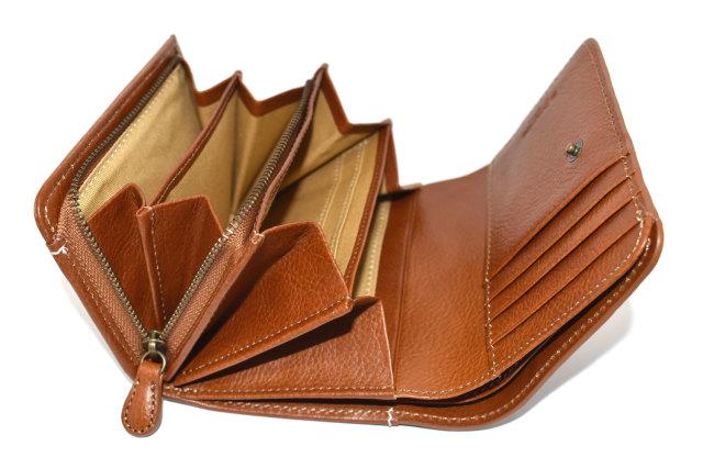 FAV(ファボ) 二つ折り財布(小銭入れあり) 「ル・プレリーギンザ 」 NP20213 商品特徴