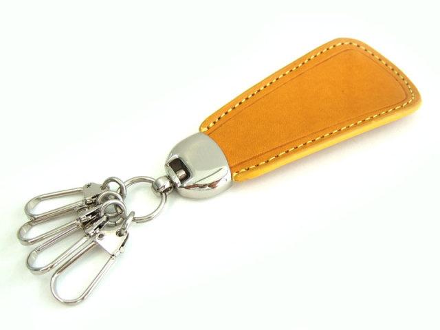 Gadget(ガジェット) 靴べらキーホルダー 「プレリー1957」 NP44935 イエロー 正面