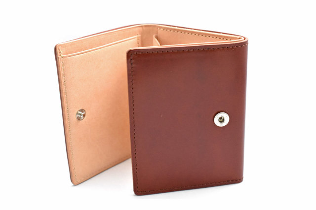 ナチュラルコードバン スマートコンパクト 三つ折り財布(小銭入れあり) 「プレリーギンザ」 NP47122 商品特徴