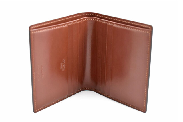 Natural Cordovan(ナチュラルコードバン)  コンパクト二つ折り財布(小銭入れなし) 「プレリーギンザ」 NP48624 チョコ 内作り