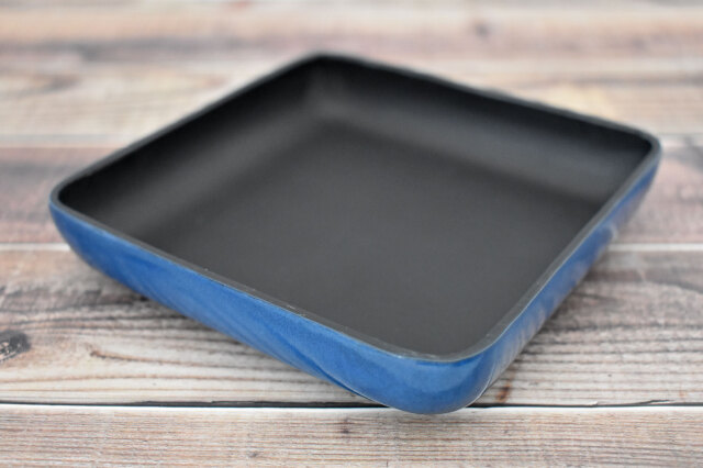 Artigiano(アルチジャーノ) 牛革トレー正方形  「プレリーギンザ」 NP72013 ブルー 正面