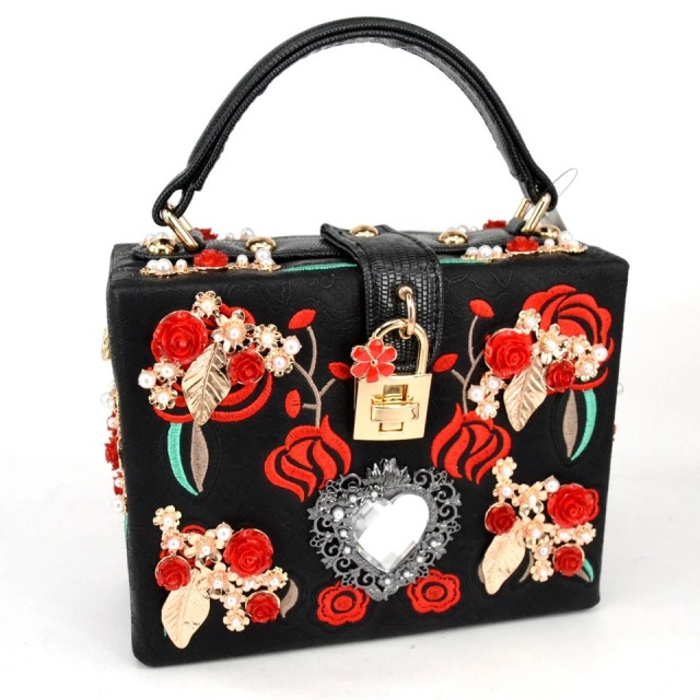 pearl rose embroidery designer party purse ladies shoulder bag Clutch パーティー レディース ショルダー クラッチバック 【海外取寄】