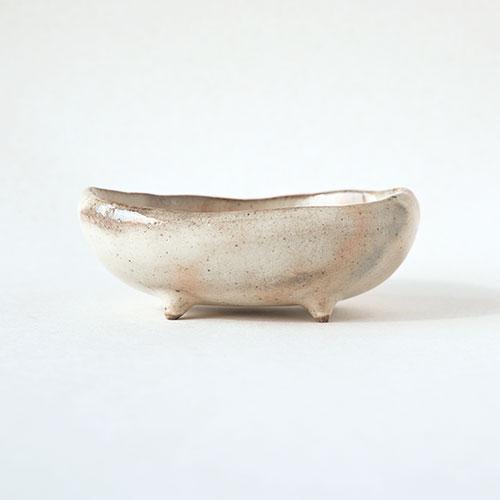 朱粉引き 四足楕円豆鉢/亀井 紀子(陶工房 もちの木)