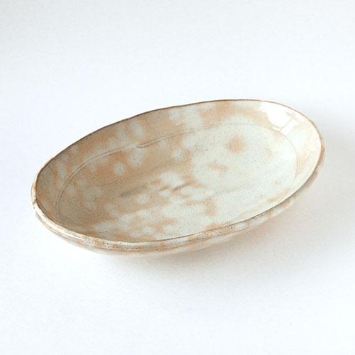 朱粉引き 楕円皿/亀井 紀子(陶工房 もちの木)