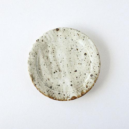 鉄吹粉引き リム5寸皿/亀井 紀子