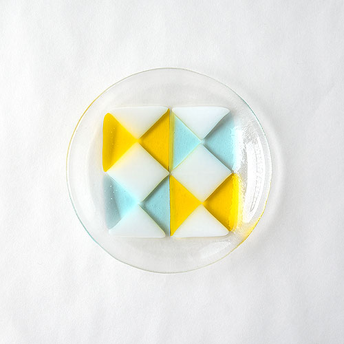 colorful plate・ribbon/吉田成美