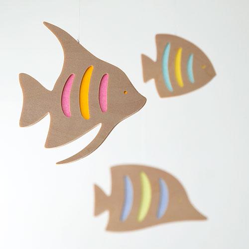 木製モビール 宙を泳ぐ魚(エンゼルフィッシュ)/おとぎ屋