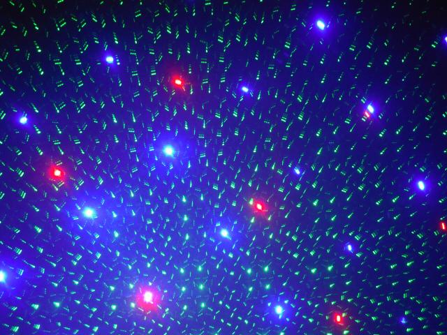 満天の星、さまざまなグラフィック模様で幻想的な光を演出スターレーザーライト(レーザービーム)