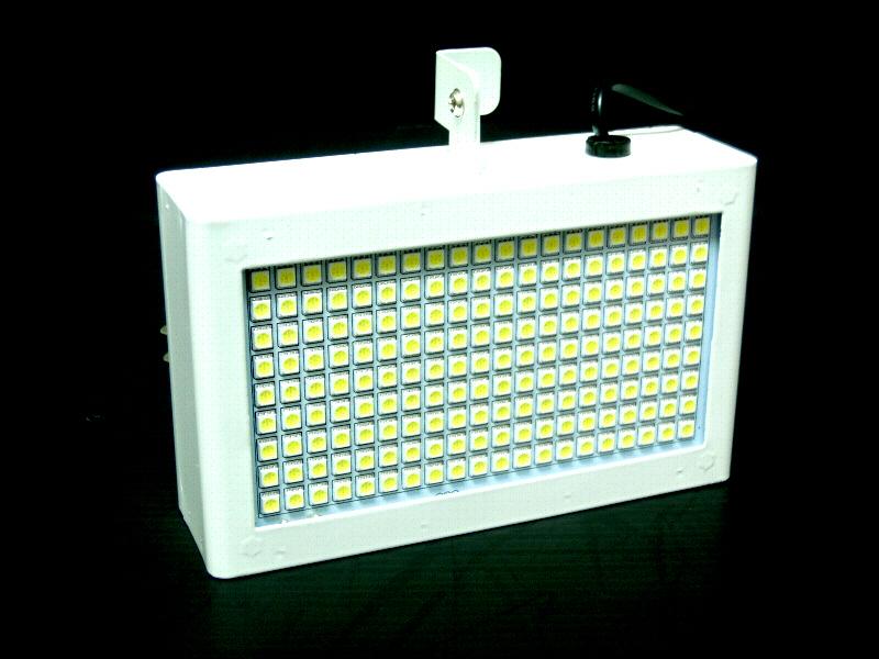 新入荷!!超小型 LEDストロボ DMX対応