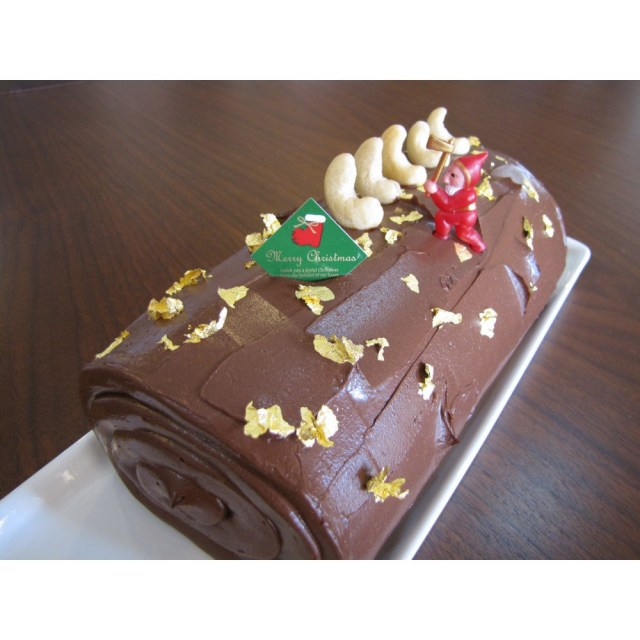 【カムカム倶楽部特選品】 ★予約品★ ナチュラルファクトリー クリスマスケーキ(黄金のショコラ) 20cm(約800g)