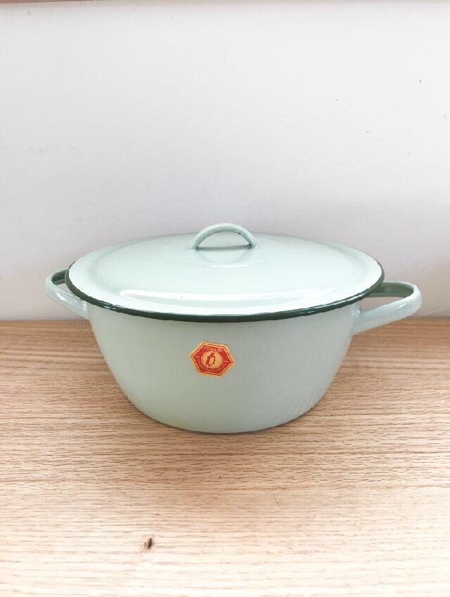 ホーロー鍋2