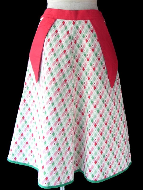ヨーロッパ古着 ロンドン買い付け 60年代製 ホワイト X レッド・グリーン ダイヤ柄 大きめポケット付き レトロ スカート 17OM033