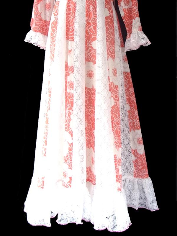 ヨーロッパ古着 ロンドン買い付け 70年代製 朱色 X ホワイト 花柄 レース切り替えし マキシ ワンピース 09UK1776
