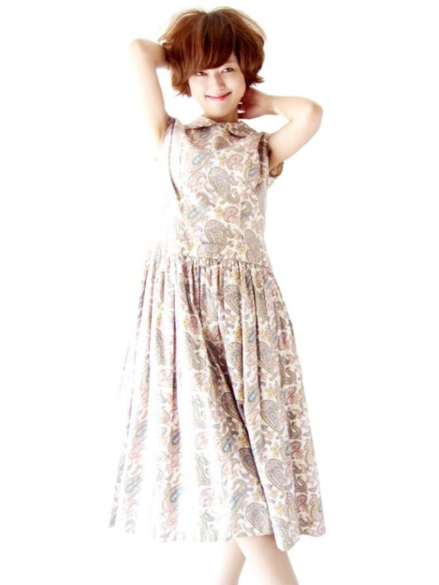 フランス買い付け パールホワイト X ペイズリー プリント ヴィンテージ ドレス : 13FC439