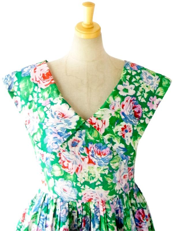 フランス買い付け 60年代製 絵画のように美しい花柄プリント ケープカラー ペチコート入り ヴィンテージ ワンピース