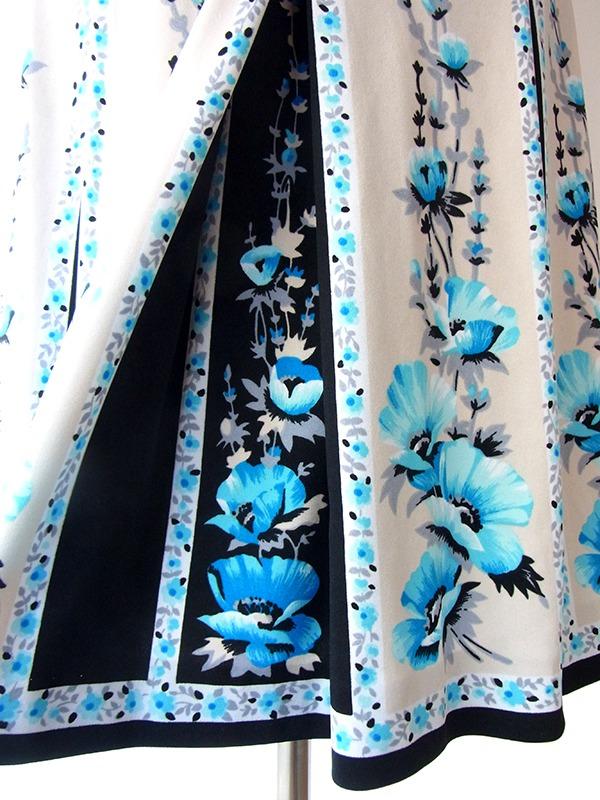 ヨーロッパ古着 ロンドン買い付け アイボリー X ブラック・ブルー 花柄プリント ベルト付き ヴィンテージ ワンピース 15BS405