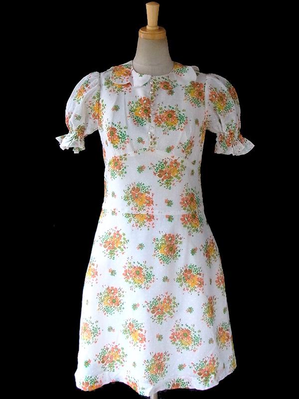 ヨーロッパ古着 フランス買い付け 60年代製 ガーゼ生地にカラフルな花柄プリントと水玉 波型襟 パフスリーブ ワンピース 16FC006