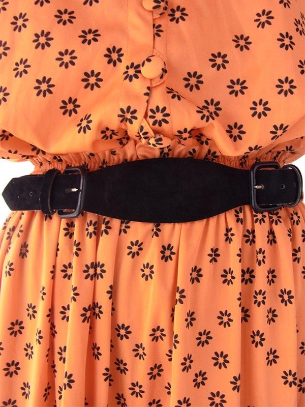 ヨーロッパ古着 フランス買い付け オレンジ X ブラック レトロ柄 ボウタイ ベルト付き ワンピース 16FC212