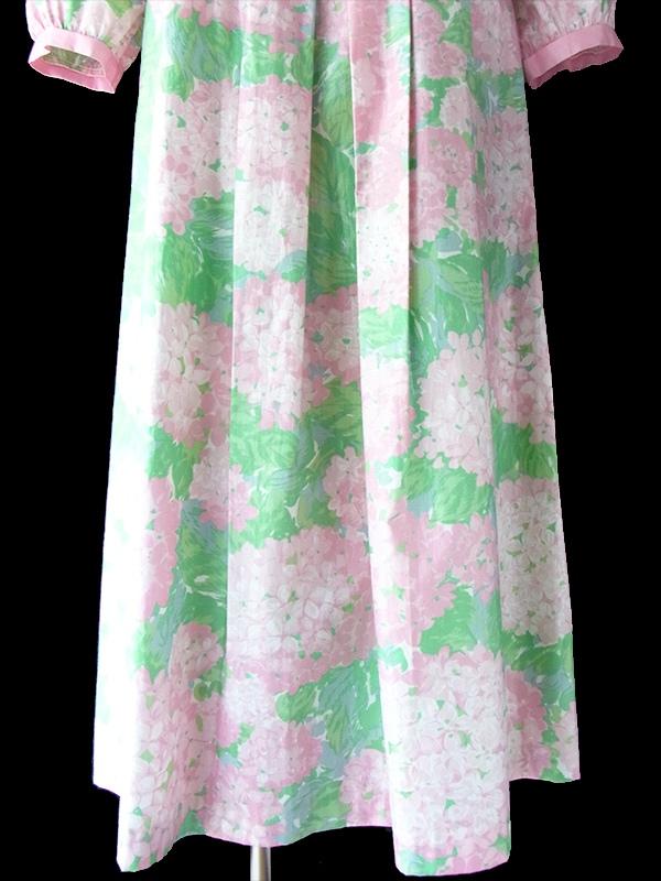 ヨーロッパ古着 フランス買い付け 60年代製 淡いピンク X 水色 あじさい柄 かわいい襟のチュニック ワンピース 16FC306