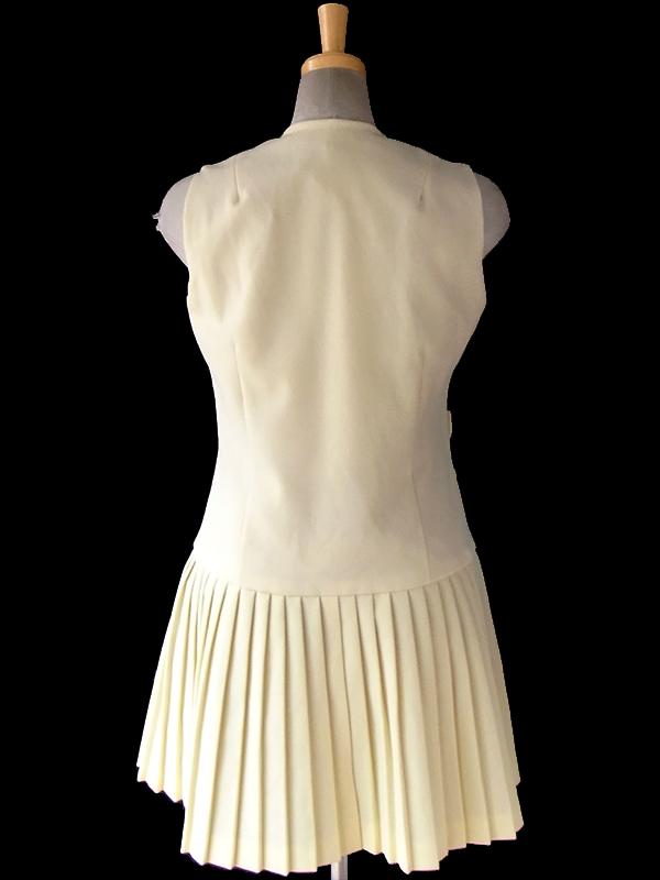 ヨーロッパ古着 ロンドン買い付け 60年代製 クリーム色 X ドロップウェスト プリーツスカート レトロ ワンピース 16OM104