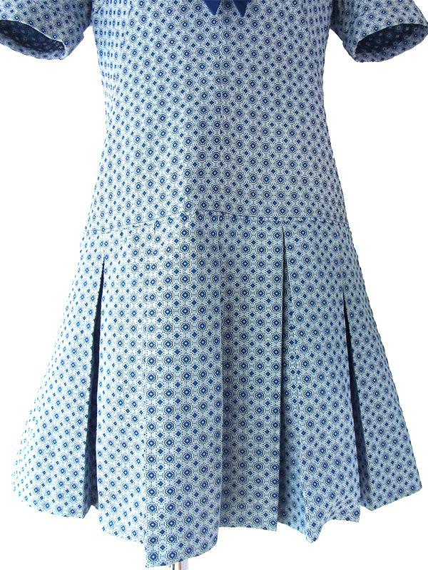 ヨーロッパ古着 ロンドン買い付け 60年代製 ブルー X 着脱式リボン付き セーラーカラー プリーツ ワンピース 16OM115