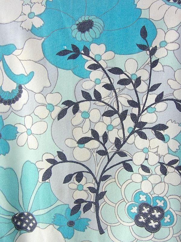 ヨーロッパ古着 ロンドン買い付け 60年代製 水色 X ホワイト・ブラック レトロ花柄 ボックスプリーツ ワンピース 16OM837