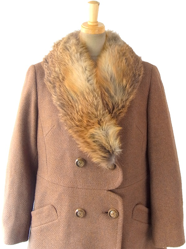 ヨーロッパ古着 ロンドン買い付け 60年代製 ブラウン X ふかふかファー襟 スカラップ風ウェスト コート 16OM929
