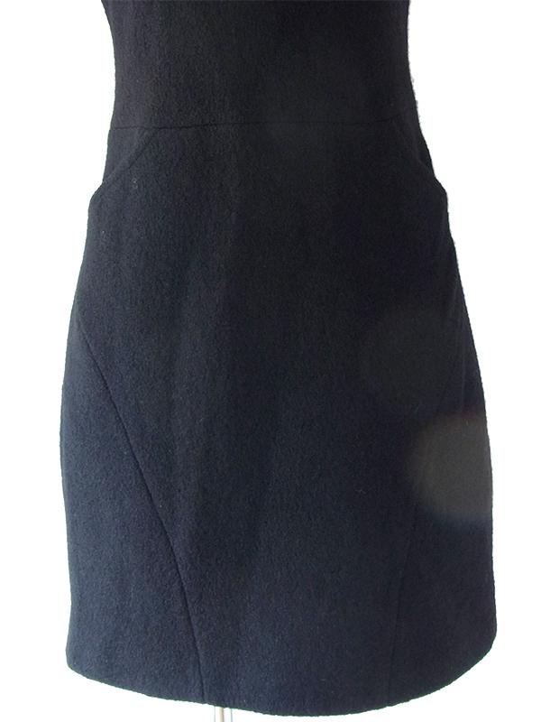 ヨーロッパ古着 スペイン製 ZARA ブラック X モコモコした生地 ポケット付き 美しいシルエット ワンピース 17BS120