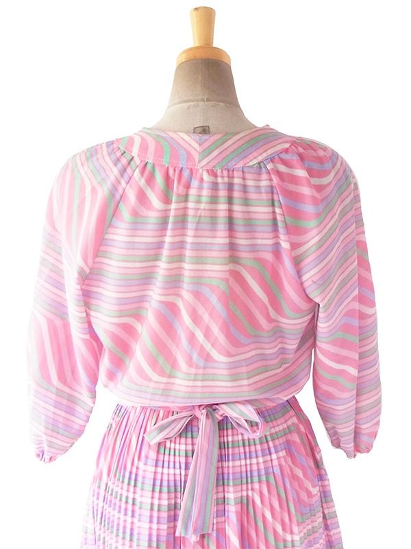 70年代フランス製 ピンクを基調としたパステルカラー  共布ベルト付き プリーツ ワンピース 17FC415