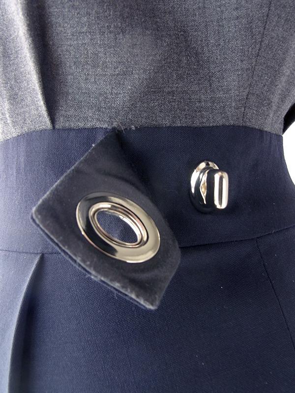 ヨーロッパ古着 ロンドン買い付け COACH グレイ X ネイビー 回転式留め具飾り バイカラー ドレス 18BS000