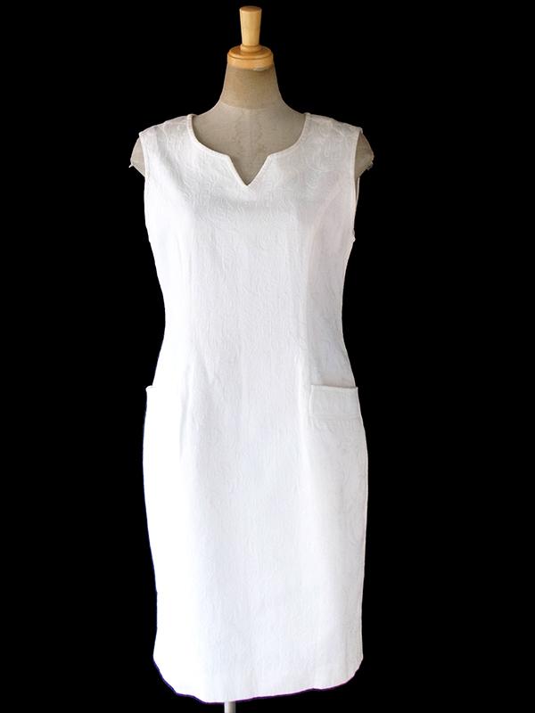 ヨーロッパ古着 フランス買い付け 60年代製 ホワイト X 凹凸でカシミール模様が浮かぶ生地 ポケット付き ワンピース 18FC112