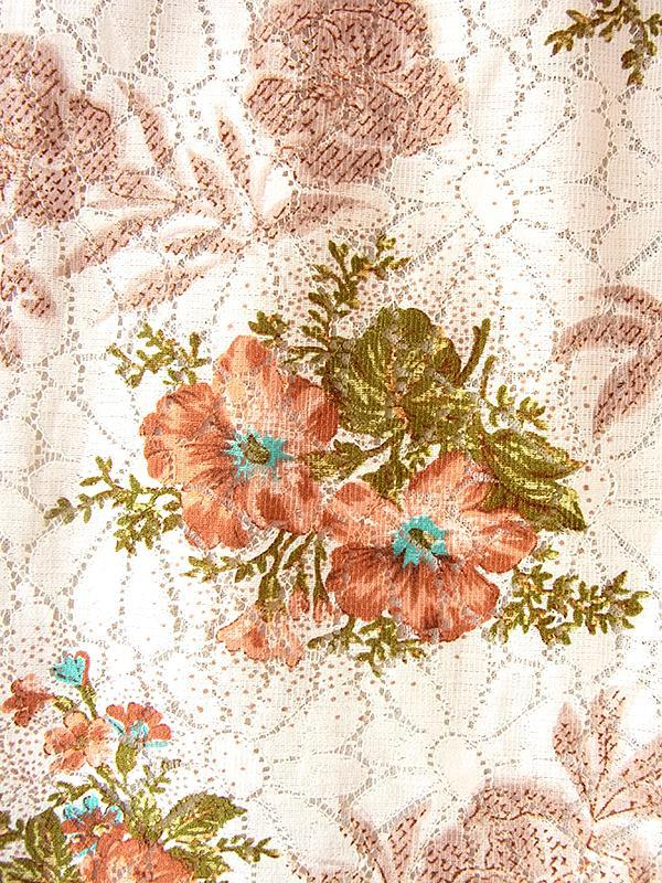 ヨーロッパ古着 フランス買い付け 60年代製 ベージュ X 花柄プリントと花柄レース生地  アンティーク ワンピース 18FC113