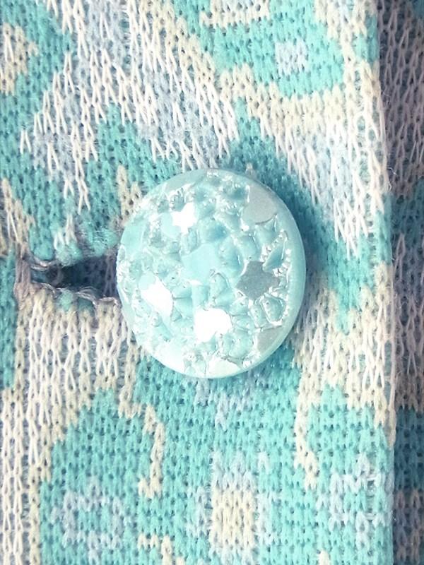 ヨーロッパ古着 フランス買い付け 60年代製 水色 X クリーム色 ペイズリー柄 可愛いボタン プリーツ ワンピース 18FC223