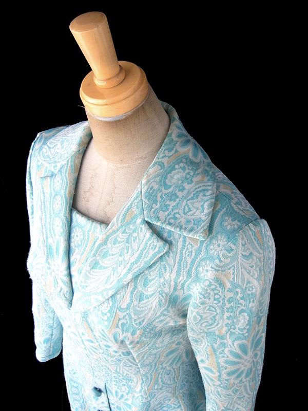 フランス買い付け 60年代製 水色 X クリーム色 花柄モチーフのレトロ柄が織られた生地 ワンピース 18FC421