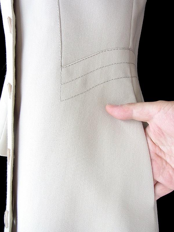 ヨーロッパ古着 フランス買い付け アイボリー X ビッグステッチ ヴィンテージ コート 18FC506