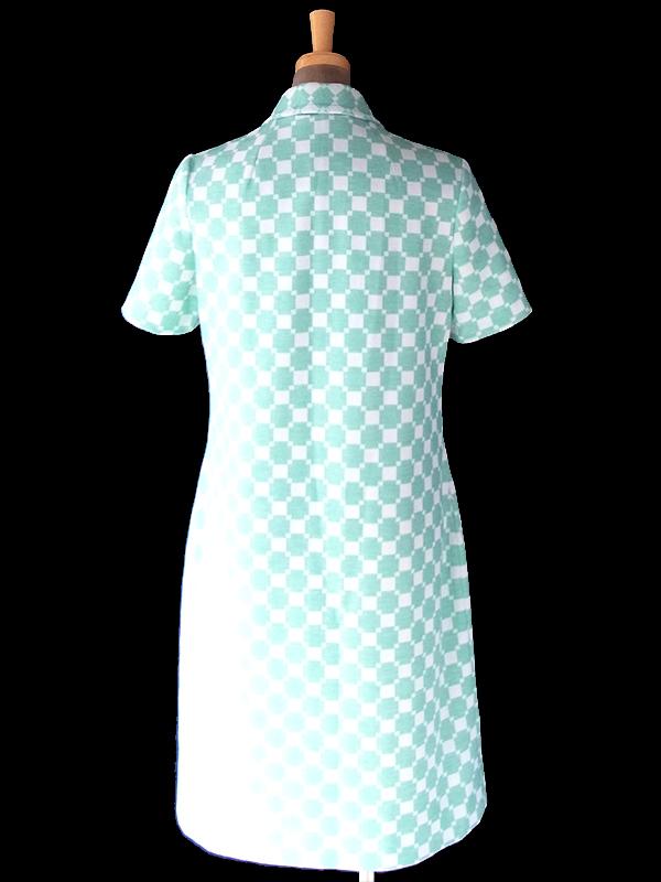 ヨーロッパ古着 70年代フランス製 アイスグリーン X ホワイト 幾何学模様 ヴィンテージ ワンピース 18FC600