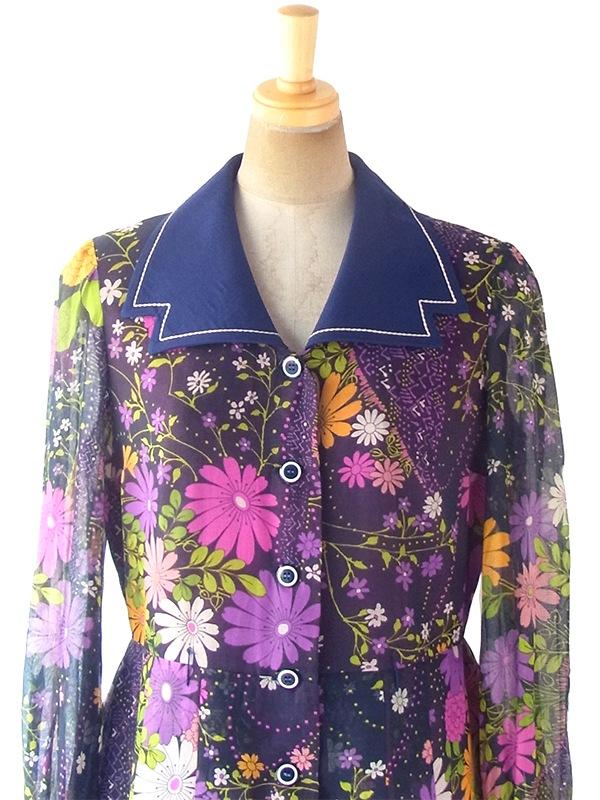 ヨーロッパ古着 フランス買い付け 60年代製 ネイビー X カラフルな花柄がガーゼに似た生地に描かれた ワンピース 18FC601
