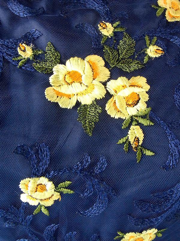 ヨーロッパ古着 ロンドン買い付け 70年代製 ネイビー X イエロー 花柄刺繍 ガーゼ風生地 ロング ドレス 18OM011