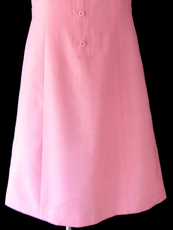 ヨーロッパ古着 ロンドン買い付け 60年代製 ピンク X ビッグステッチ 可愛いボタン ヴィンテージ ワンピース 18OM404