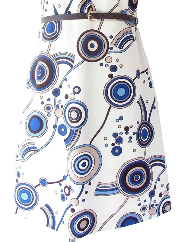 ヨーロッパ古着 ロンドン買い付け 70年代製 ホワイト X ブルー・ブラウン レトロ柄 ベルト付き ヴィンテージ ワンピース 19BS003