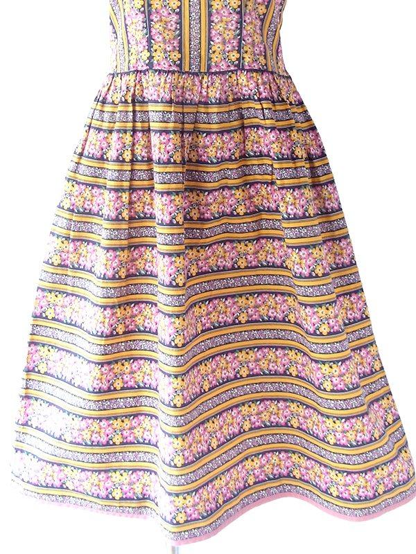 ヨーロッパ古着 フランス買い付け 60年代製 カラフル花柄 X ピンク ライニング ヴィンテージ フレア ワンピース 19FC007