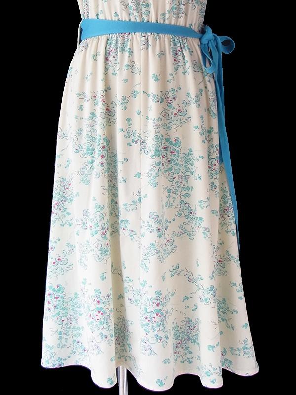 【送料無料】70年代フランス製 オフホワイト X 水色 花柄 布ベルト付き レトロ ワンピース 19FC017【ヨーロッパ古着】