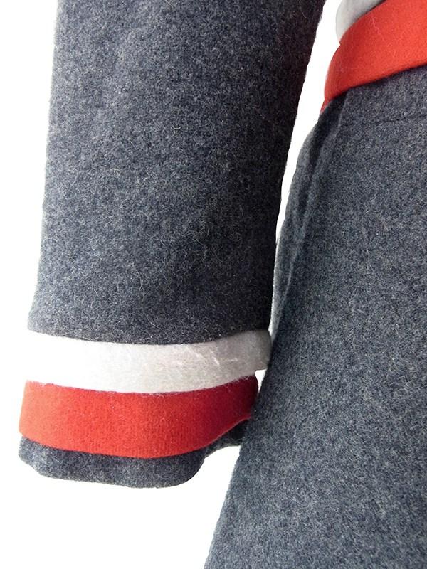 ヨーロッパ古着 フランス買い付け 60年代製 グレイ X ホワイト・レッド ダブルベルト付き ヴィンテージ ウール ワンピース 19FC401