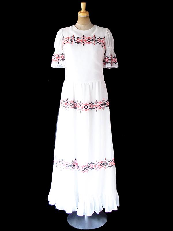 ヨーロッパ古着 ロンドン買い付け 60年代製 ホワイト X レッド・ブラック刺繍 パフスリーブ マキシ ワンピース 19OM1007