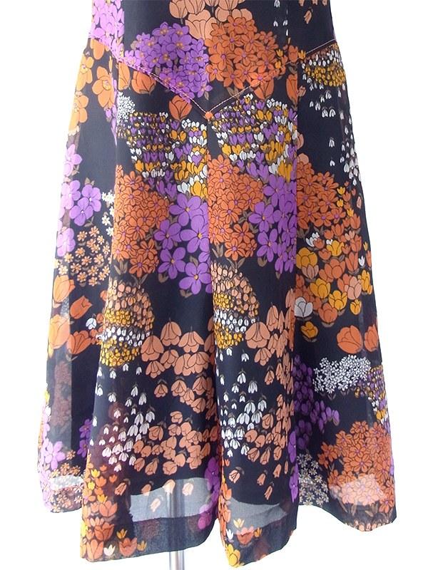 ヨーロッパ古着 ロンドン買い付け 70年代製 ブラック X オレンジ・パープル 花柄 ステッチ ヴィンテージ ワンピース 19OM506