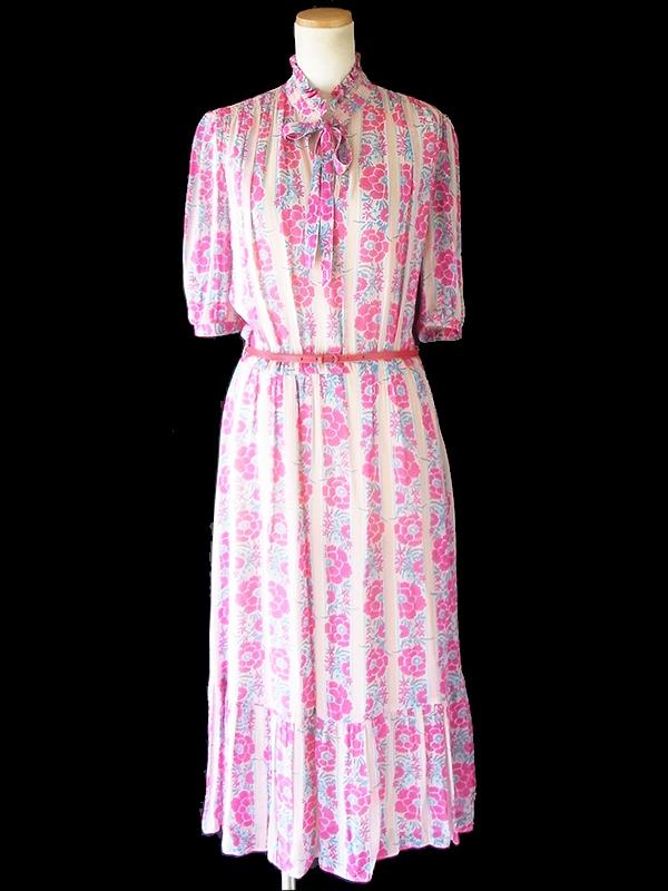 ヨーロッパ古着 ロンドン買い付け 70年代製 ピンク X 水色・マゼンダ 薔薇プリント ベルト付き ワンピース 20BS009