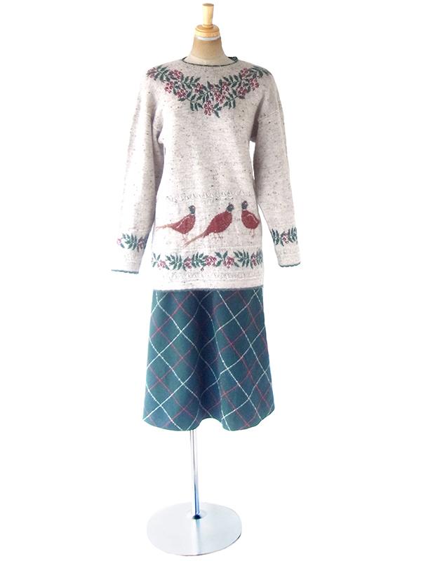 ヨーロッパ古着 60年代イギリス製 ライトグレイ X グリーン・レッド 花柄・キジ ウール ニット・セーター 20BS121