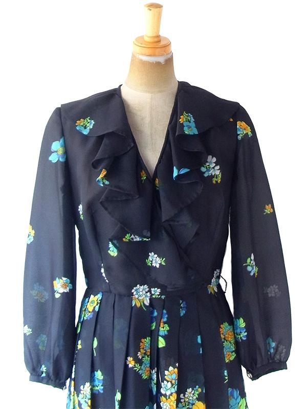 ヨーロッパ古着 フランス買い付け 70年代製 ブラック X カラフル花柄 贅沢プリーツ ヴィンテージ ワンピース 20FC512